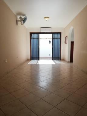 Duplex en Barrio Herrera Concejal Vargas