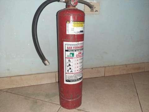 Extintor de fuego - 0