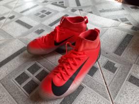 Botín Nike CR7 Junior calce 36