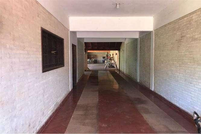 Residencia en Fernando de la Mora zona Sur - 8