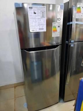 Heladera LG 320 litros frío seco inoxidable