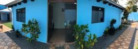 Casa con piscina en Ñemby