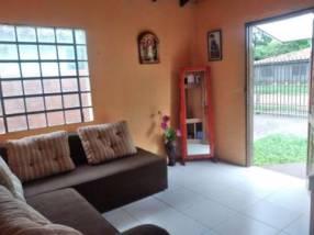 Casa en barrio Maka'i Luque