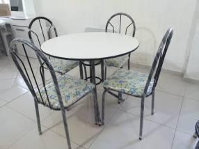 Juego de comedor 4 sillas tapizadas tapa de formica (2339)