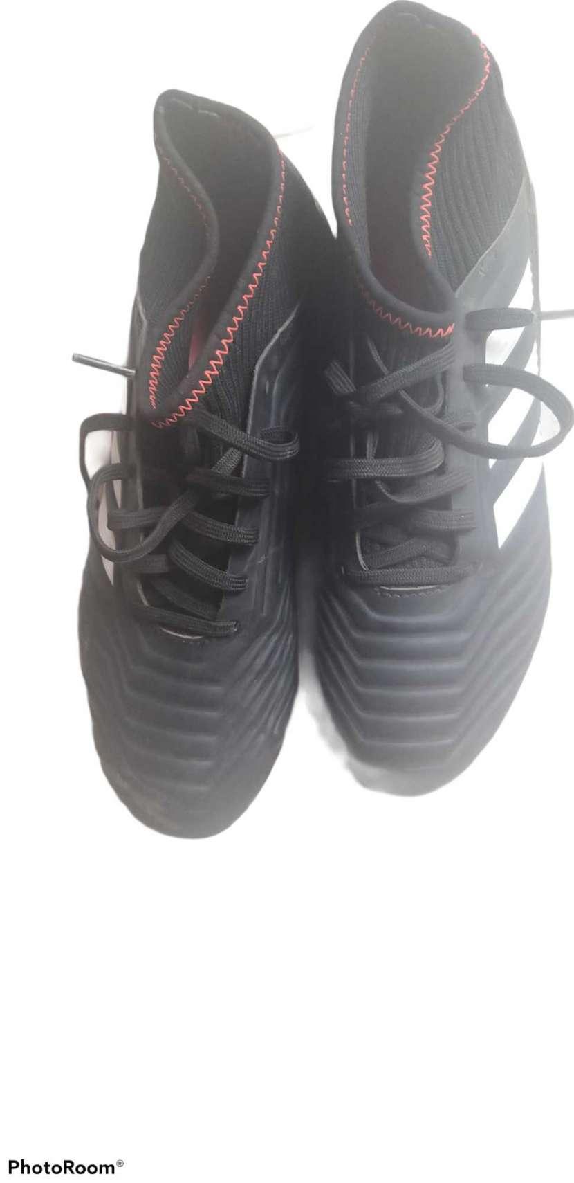 Botín Adidas Predator - 3