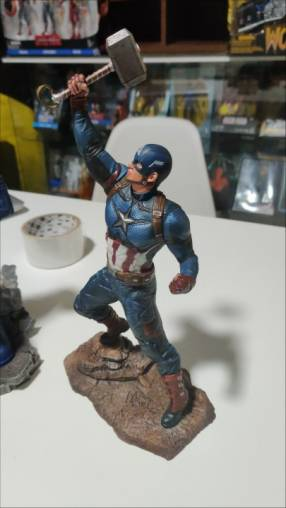 Estatua Diamond select Capitán América