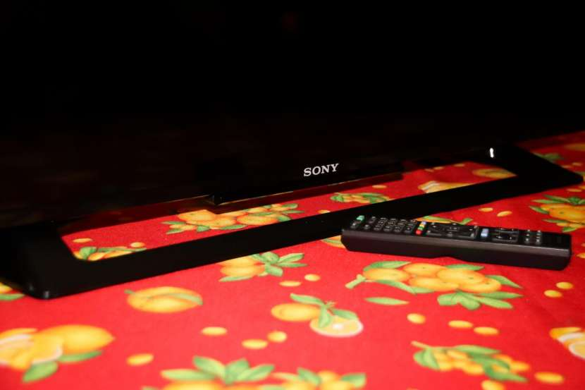 TV LED Sony Bravia 40 pulgadas - 1