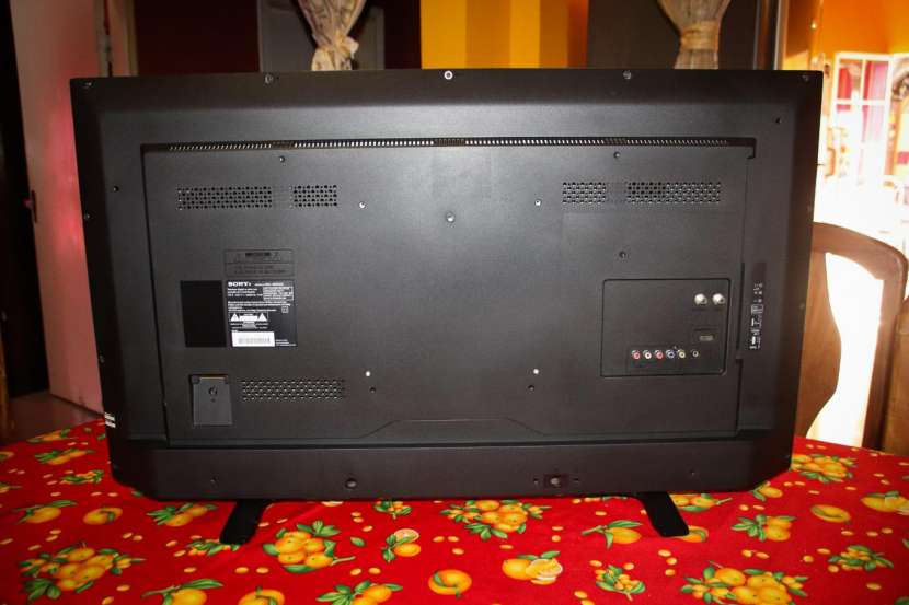 TV LED Sony Bravia 40 pulgadas - 3