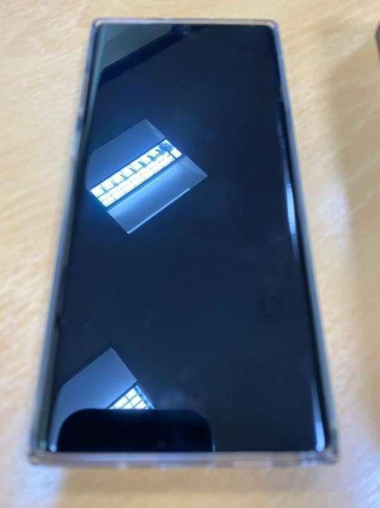 Samsung Galaxy Note 10 Plus de 256 gb    Gs. 2.800.000.- - 2