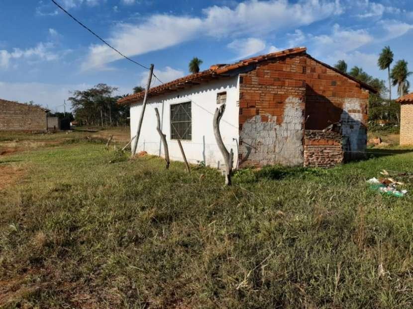 Terreno con casa en Ypané - 1