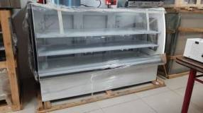 Vitrina exhibidor de lácteos doble placa fría con serpentina de 180cm