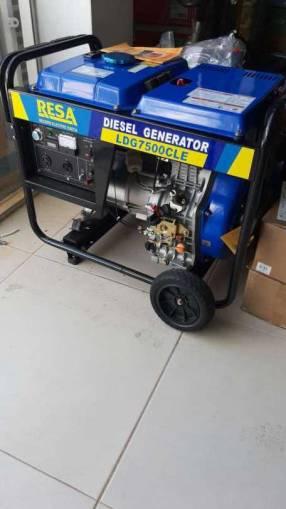 Generador Hyundai naftero de 5.5kva