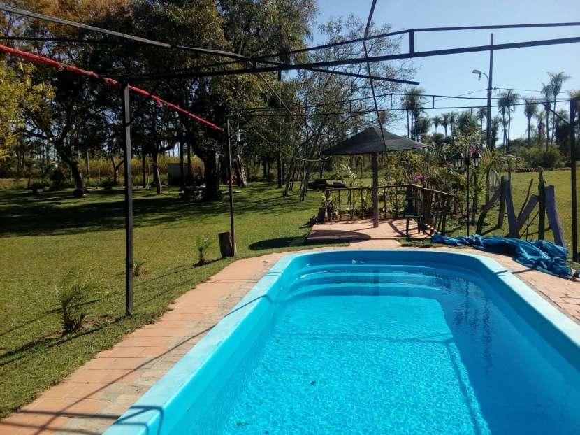 Casa quinta con piscina y laguna - 1