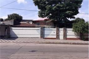 Casa con piscina San Vicente