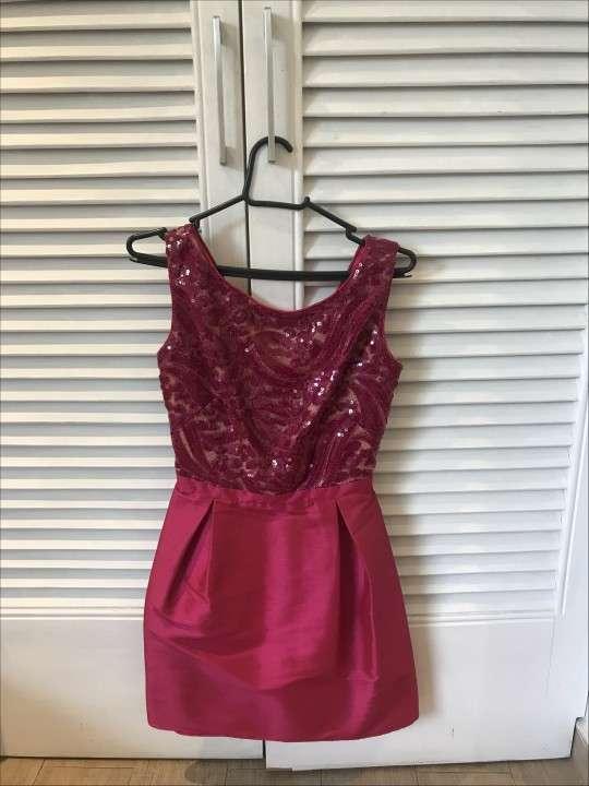 Vestido corto de fiesta rosado oscuro pequeño - 0