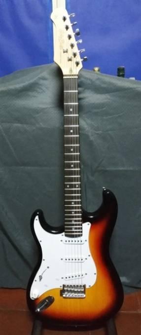Guitarra Stratocaster Genérico Harley Benton para zurdos