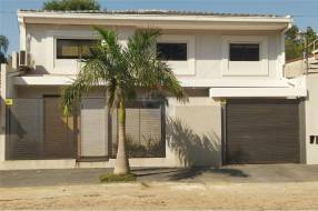 Casa en Barrio Mburucuyá