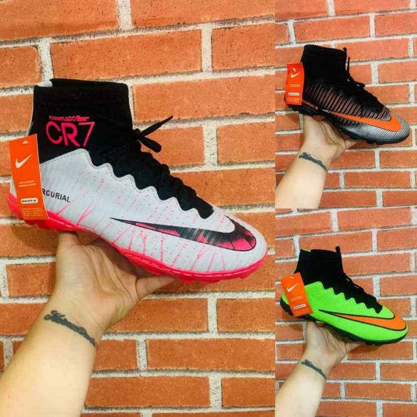 Calzados todo terrenos Nike - 0