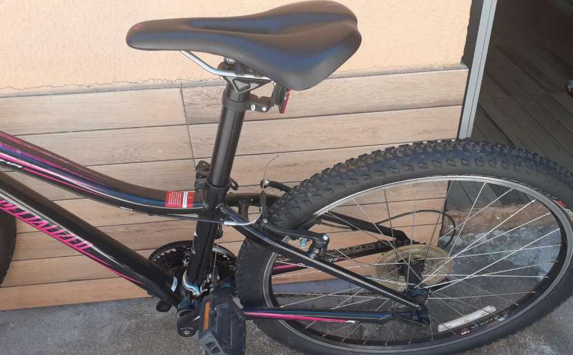 Bicicleta Specialized - 1