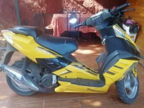 Motoneta automática Taiga 150cc