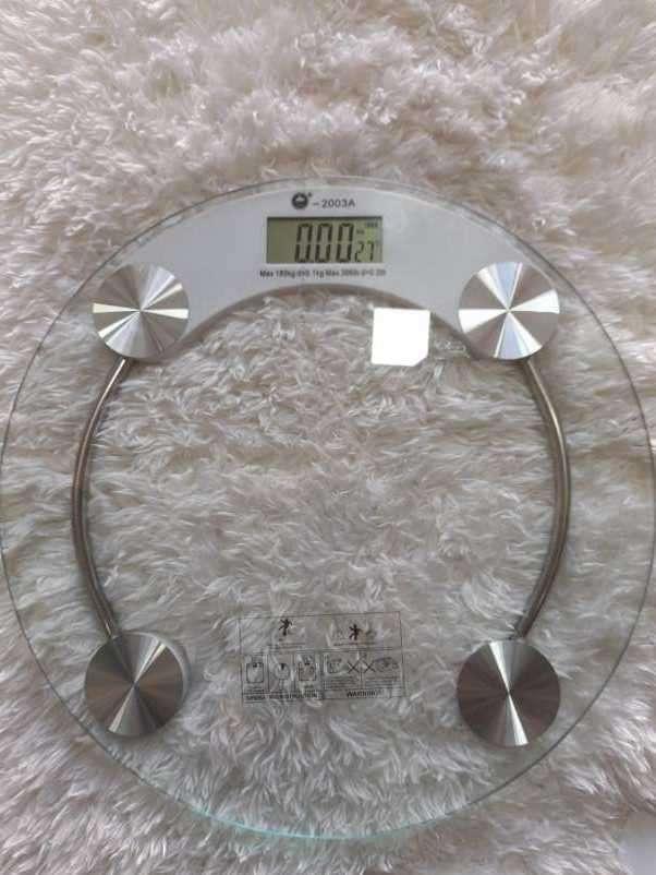 Balanza corporal soporta hasta 180 Kg - 0