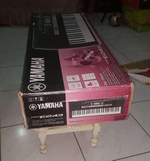 Teclado Yamaha modelo PSR-E243 - 6