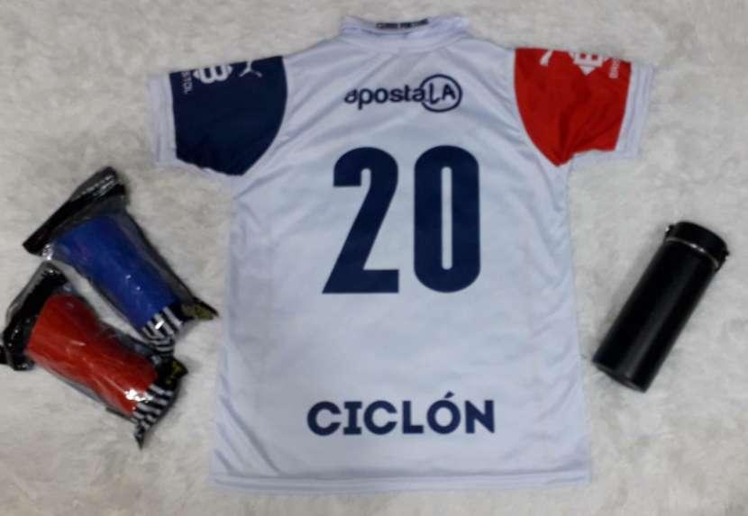 Camisetas del Ciclón ️ - 1