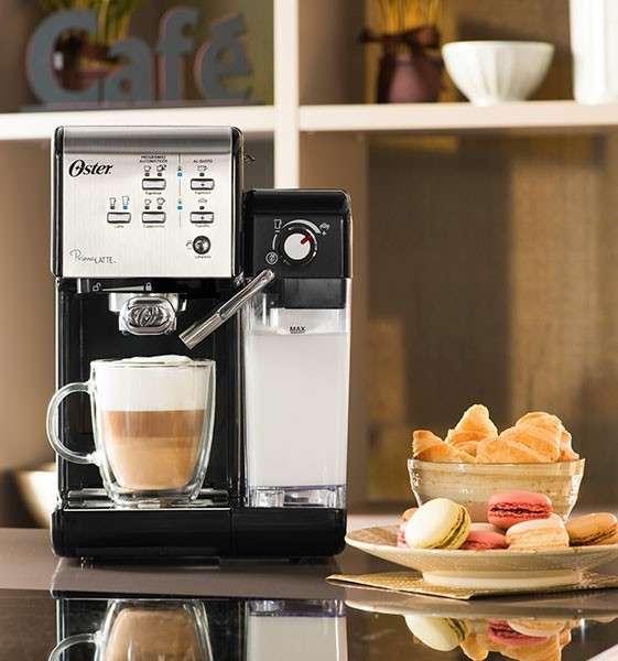 Cafetera Oster Prima Latte BVSTEM6701SS - 1