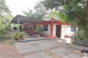 Terreno con una casa en San Antonio