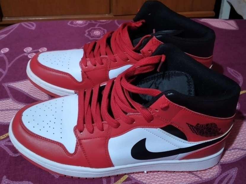 Calzado Nike calce 44 - 0