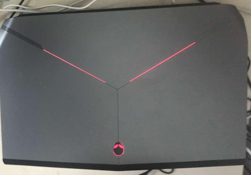 Notebook gamer Alienware - 1