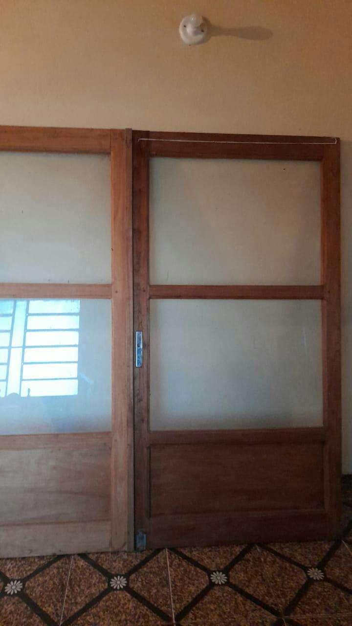2 puertas para negocio - 1