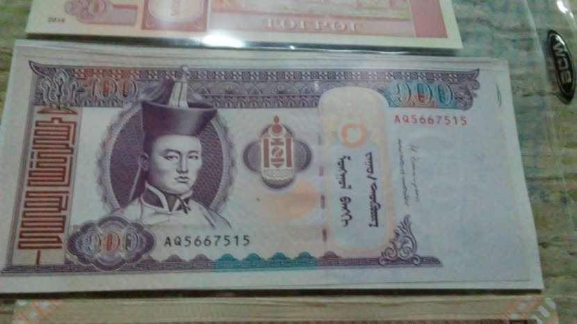 Billetes del mundo - 2