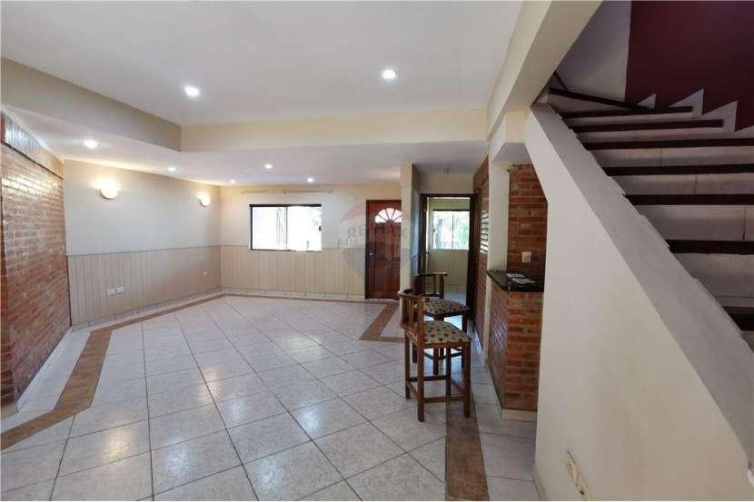 Duplex en Asunción Barrio Mbocayaty - 6