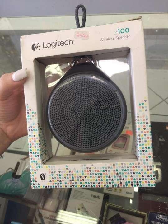 Parlantes Logitech 100 - 0