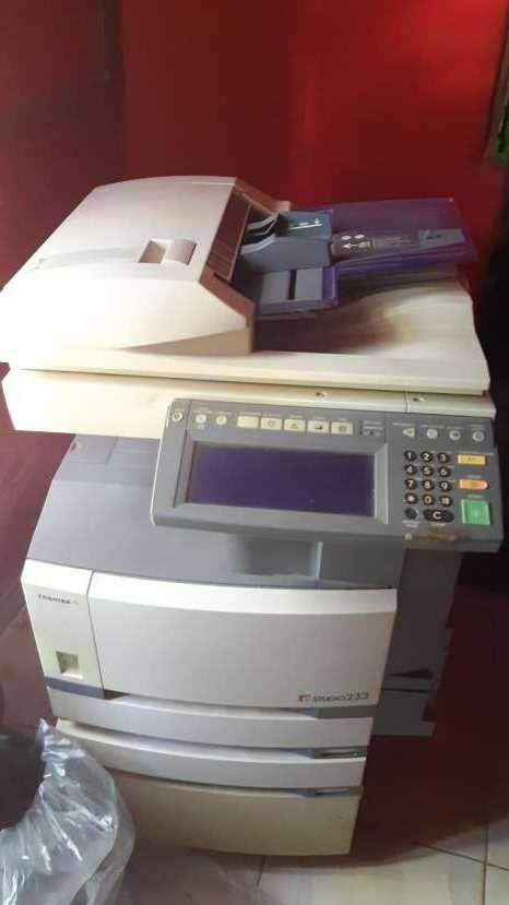 Fotocopiadora Toshiba - 1