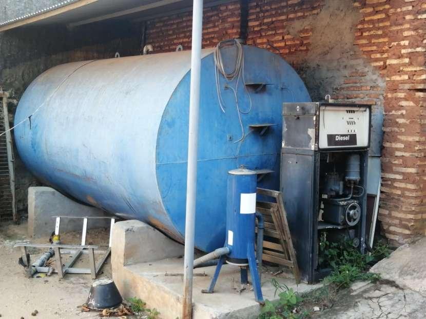 Tanque para combustible y cargador con porta filtro - 0