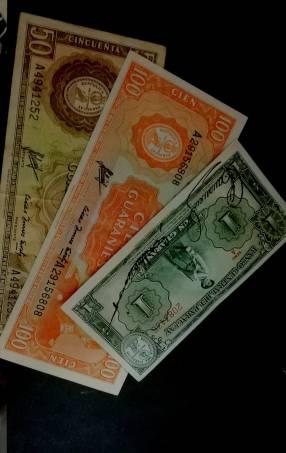 Billetes antiguos del Paraguay