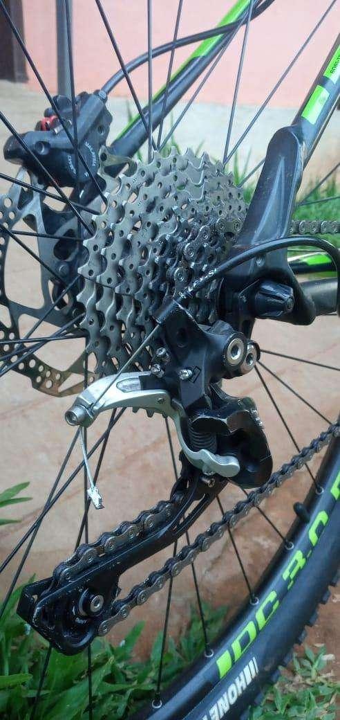 Bicicleta Cannondale aro 29 - 2