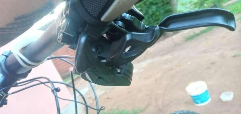 Bicicleta Cannondale aro 29 - 6