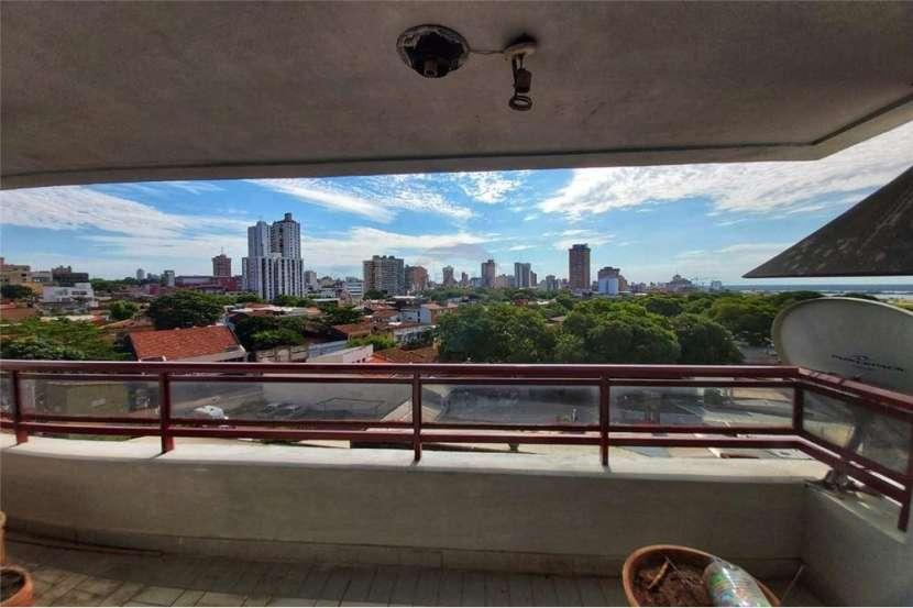 Departamento en edificio Faro del Rio con vista a la bahía de Asunción - 7
