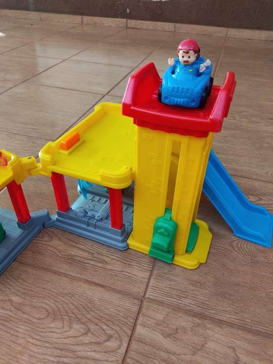 Car wash little people Fisher Price - 0