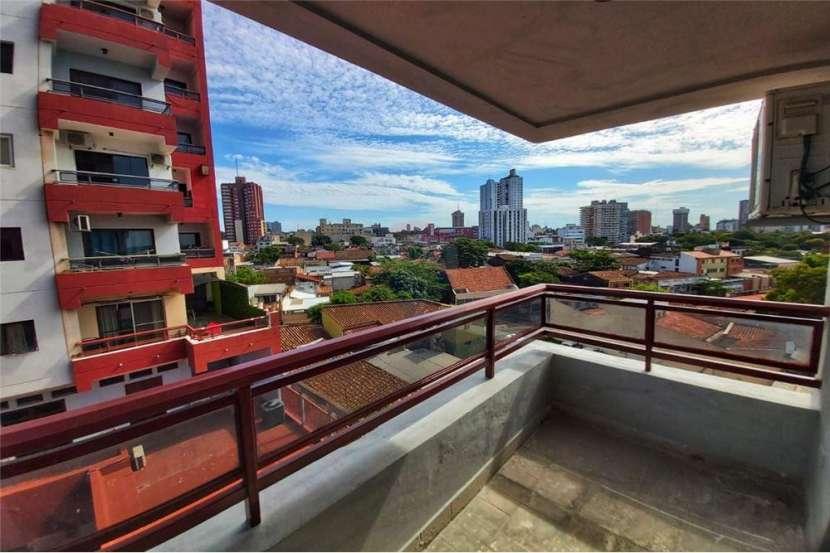 Departamento en edificio Faro del Rio con vista a la bahía de Asunción - 8