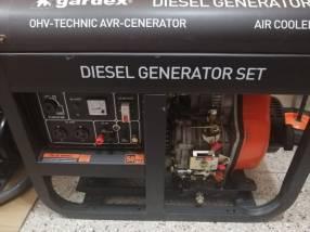 Generador de energía Energizer 8 KVA arranque manual diésel