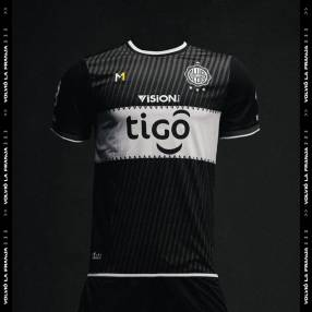 Remera alternativa Olimpia