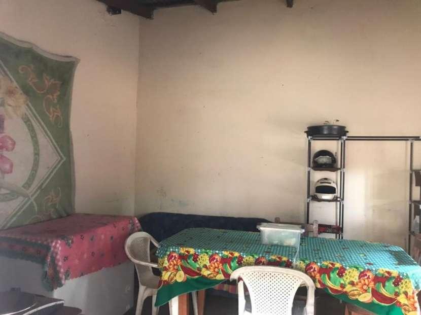 Casa con salón comercial en San Lorenzo Y5511 - 4