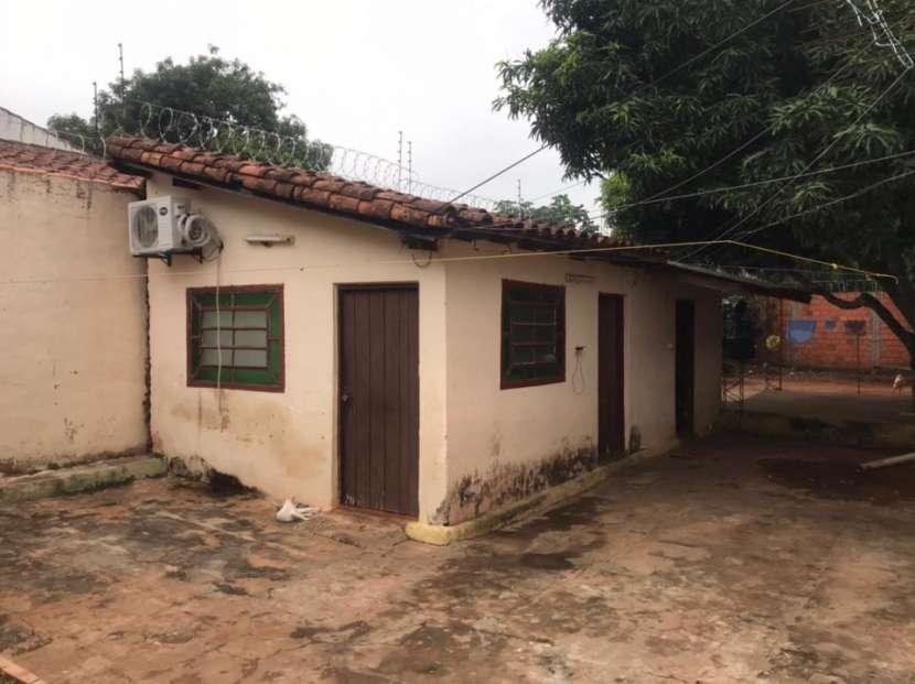 Casa con salón comercial en San Lorenzo Y5511 - 0