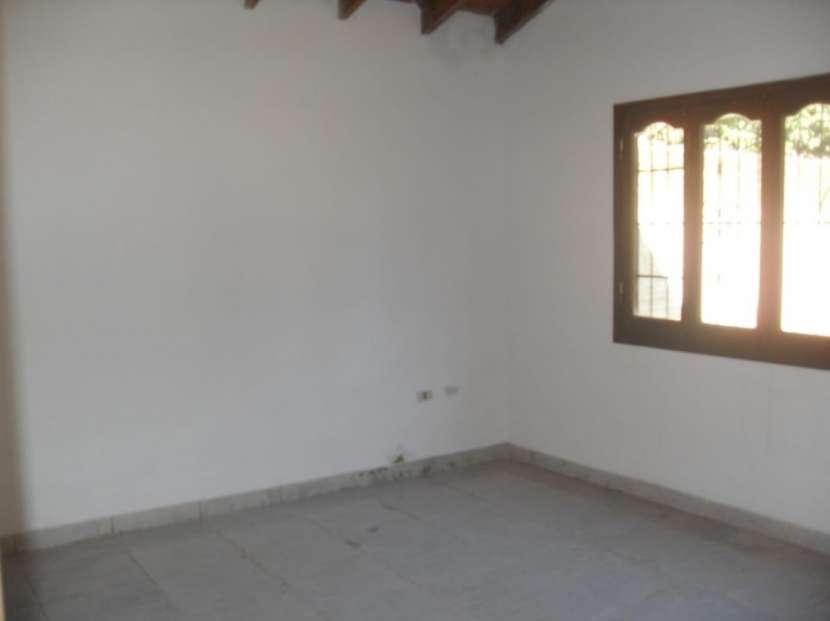 Casa en San Lorenzo Barrio Villa del Maestro Y5510 - 2