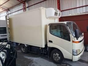 Toyota Hino furgon refrigerado para 4 mil kilos