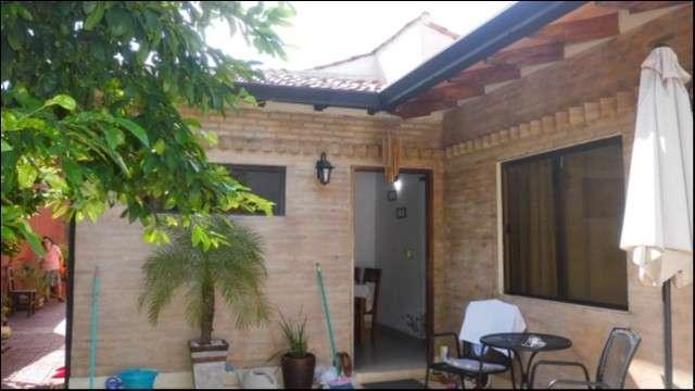 Casa en Asunción zona Parque Seminario - 2